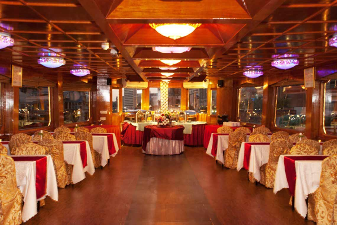 inside view of dhow cruise dubai