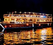 Dhow cruise Dubai to visit in 48 free hour